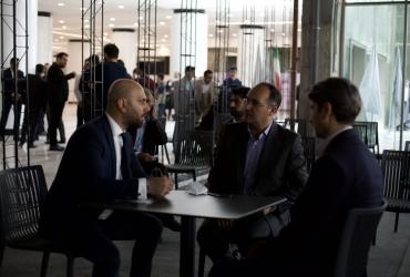 گپ و گفت مدیران توسعه سیتادیوم با مراجعین - روز افتتاحیه هایپراستار