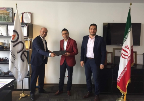Jeanswest has signed the first memorandum of understanding for renting Urmia Citaduim shopping mall.